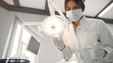Foto de Quais os principais procedimentos para manter um dente saudável